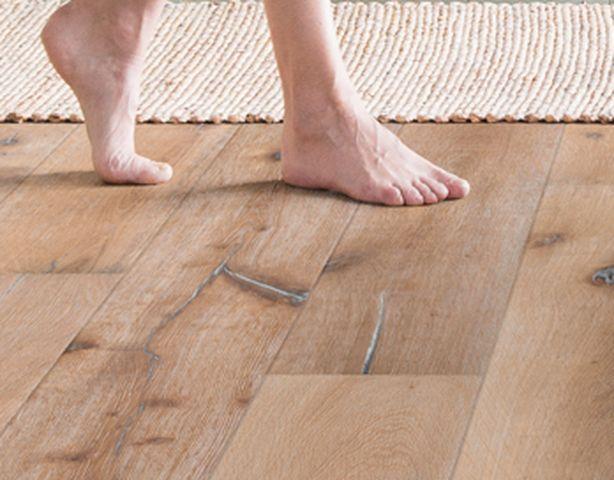 Limpieza de suelos de madera cheap el blog suelos y - Limpiar suelo madera ...